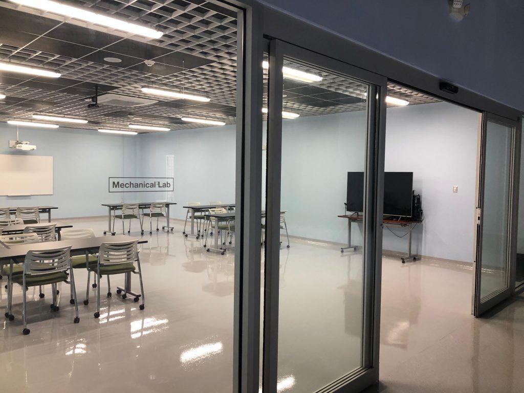 STEM, Laboratorio de Mecánica